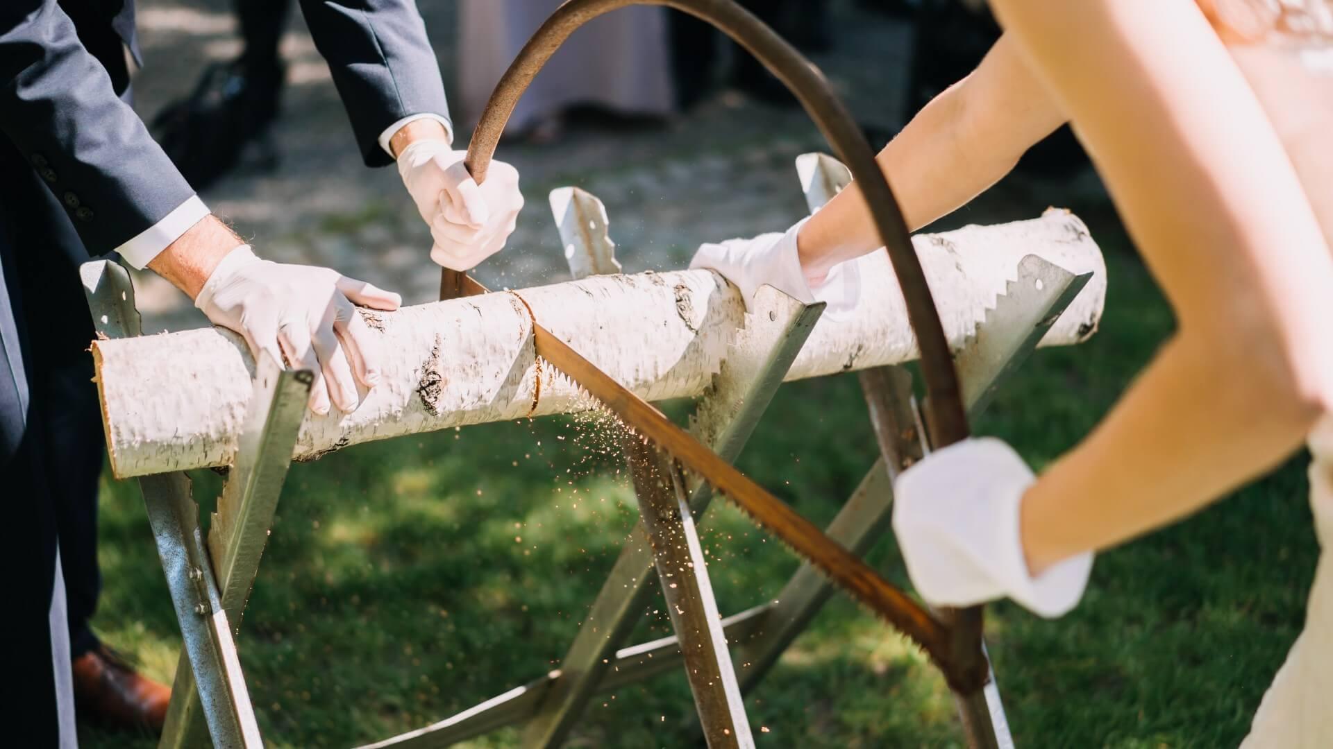 Brautpaar Holz